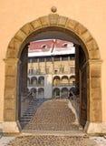 Ingang aan paleis Wawel Stock Afbeelding