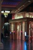Ingang aan restaurant Rood die Vierkant binnen de Baaihotel van Mandalay wordt gevestigd Stock Foto