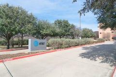 Ingang aan AT&T die Campus in Irving, Texas, de V.S. opleiden Stock Foto's