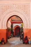 ingang De bels van Zaouiasidi abbes marrakech marokko stock foto