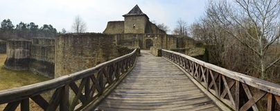 Ingang in de vesting van Suceava, Roemenië Royalty-vrije Stock Foto's