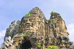 Ingang op Gebied Angkor op de Blauwe Achtergrond van de Hemel Stock Foto