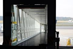 Ingang van een straalmanier, luchtbrug, luchtpier royalty-vrije stock foto's