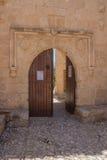 Ingang van het Klooster van Ayia Napa, Cyprus Stock Foto's