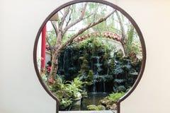 Ingang van Japanse tuin Stock Afbeeldingen