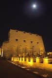 Ingang van Karnak bij Nacht Royalty-vrije Stock Afbeeldingen