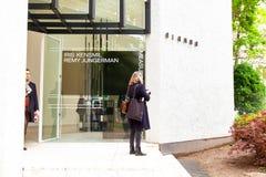 Ingang van Nederlands Paviljoen bij de 58ste Internationale Kunsttentoonstelling van Venetië biennale stock foto's