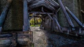 Ingangsdeur van Salinen in Slechte Rothenfelde tijdens de herfst met zonnig weer en blauwe hemel Stock Foto