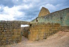 Ingapirca印加人废墟的看法  免版税图库摄影