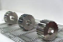 Ingegneria a macchina dell'attrezzatura degli ingranaggi di titanio fotografie stock libere da diritti
