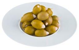 Ingelegde olijven in witte plaat Royalty-vrije Stock Foto's