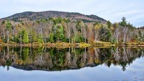 Ingen Autumn Adirondack Lake Water Reflections 20 Arkivbilder