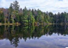 Ingen Autumn Adirondack Lake Water Reflections 13 Arkivfoton