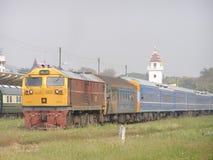 Ingen diesel- lokomotiv för Ge 4552 arbeta i Chiangmai stationsgård Arkivfoton