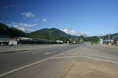 Ingen sikt av huvudvägvägen 118 från Chiangmai till Chiangrai Arkivbilder