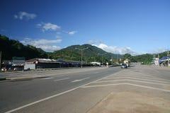 Ingen sikt av huvudvägvägen 118 från Chiangmai till Chiangrai Fotografering för Bildbyråer