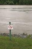 Ingen simning undertecknar Fotografering för Bildbyråer