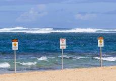 Ingen strand för tunneler för simningfaratecken Royaltyfri Bild