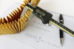 Ingeniería inversa para el filtro de combustible Fotos de archivo libres de regalías