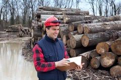 Ingeniero de la industria de la madera de construcción Foto de archivo