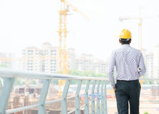 Ingeniero de sexo masculino indio asiático del contratista Foto de archivo