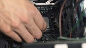 Ingeniero electrónico de la informática Mejora del hardware de la CPU del ordenador del mantenimiento del componente de la placa  almacen de video