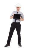 Ingeniero que presenta una tableta digital Imágenes de archivo libres de regalías