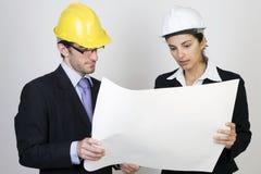 Ingeniero y cliente en sitio Foto de archivo