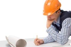 Ingenieur, der mit Skizze arbeitet lizenzfreie stockbilder