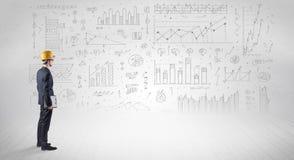 Ingenieur een plan houden en zich met grafieken bevinden, grafieken en rapporten die over de achtergrond vector illustratie