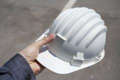 Ingenieur met witte helm Stock Afbeelding