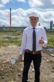 Ingenieur op plaats O.K. teken Royalty-vrije Stock Foto's