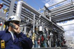 Ingenieure Schmieröl, Gas und Leistung Stockfoto