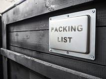Ingepakt in donkere houten ladingsdoos De verpakking van de goederen De Speciale behandeling van de verpakkingslijst van houten v Royalty-vrije Stock Foto
