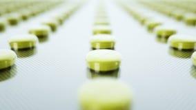 Ingepakte tabletten en pillen Moovingscamera Medisch concept, achtergrond Realistische 4k loopable animatie stock footage