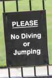 Inget dykning- eller banhoppningtecken Fotografering för Bildbyråer