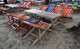 Inget på strandstol i arbetsdags arkivfoto
