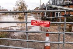 Inget parkeringstecken, Stratford på Avon, England arkivfoto