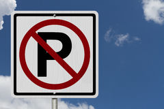 Inget tillåtet tecken för parkering Arkivbild