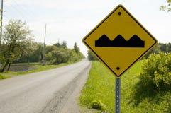 Ingiallisca il segno di avvertenza Fotografia Stock