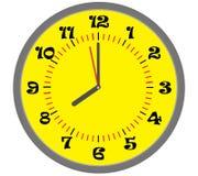 Ingiallisca l'orologio Immagini Stock