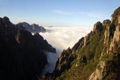 Ingiallisca la montagna Fotografie Stock Libere da Diritti