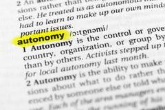 ` Inglês destacado da autonomia do ` da palavra e sua definição no dicionário fotografia de stock royalty free