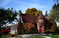 Inglês Tudor Cottage foto de stock royalty free