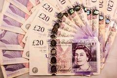 Inglês vinte libras esterlinas de mistura do dinheiro foto de stock