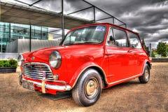 Inglese classico Morris Mini Cooper S degli anni 60 fotografia stock libera da diritti