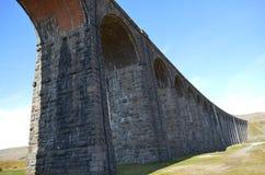 Ingleton viadukt i North Yorkshire royaltyfri foto