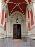 Ingång till kyrkan av namnet av Mary Fotografering för Bildbyråer