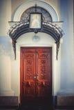 Ingångsdörrar till kyrkan av St Mary Magdalene Arkivfoto