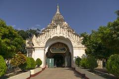 Ingångskloster i Myanmar Fotografering för Bildbyråer